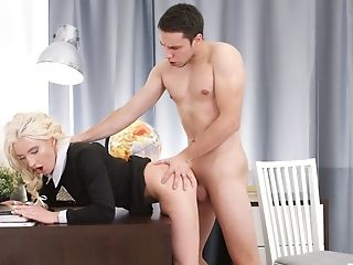 Nasty Nerdy Assistant Angelika Cristal Wanna Be Fucked In Standing Pose