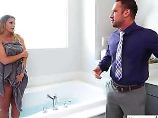 Depraved Big Boobed Yankee Sexpot Brooklyn Chase Gives Bj In The Bathroom
