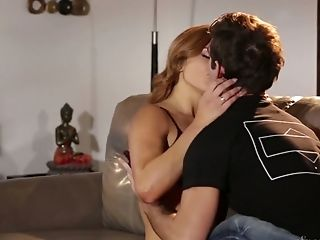 Super-cute Bae Leah Gotti Gets Her A-hole Rimmed And Likes Making Love On The Couch