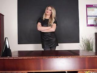 Nasty Professor In Stockings Ashley Jayne Spreads Gams Broad Open